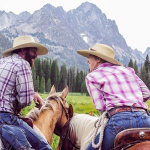 horseback experiences, guided family trips