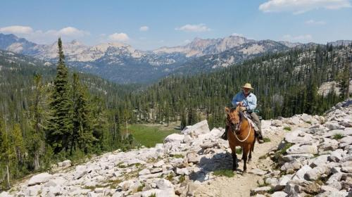 trail ride above ardeth